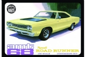 1968 Plymouth Roadrunner (Branco) - 1/25  AMT 821